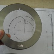 Flat round knife for corrugated paper cutting